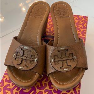 Tory Burch Patti Wedge Sandal. Size 6